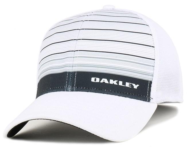 15eea745b3f Silicon Bark Trucker 4.0 Grey White Flexfit - Oakley caps ...