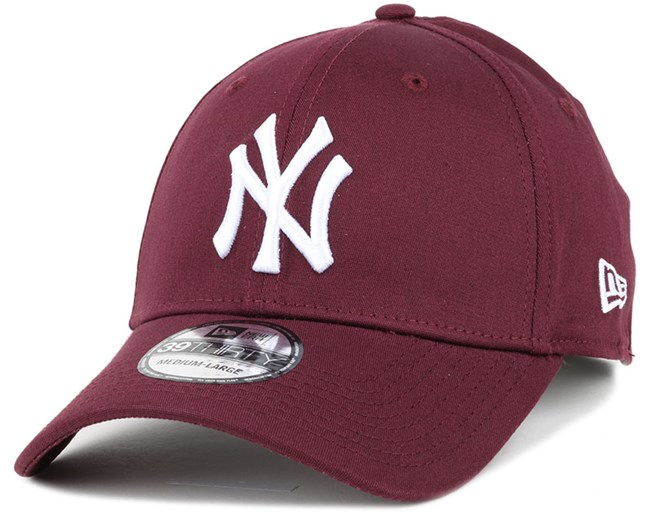 20d101daee3 NY Yankees League Essential Maroon 39Thirty Flexfit - New Era caps ...