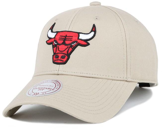 Chicago Bulls Low Pro Sand Adjustable - Mitchell   Ness Boné - Hatstore d8e8b0c929b