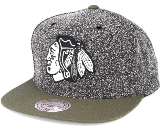 competitive price 28f9a cf596 Chicago Blackhawks Black Olive Static Snapback - Mitchell   Ness