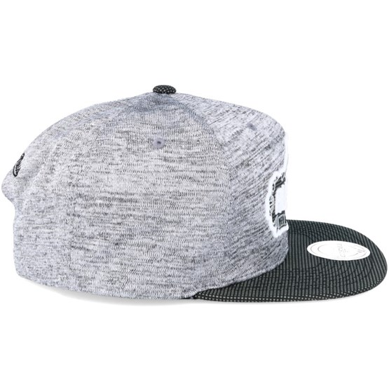 new product 9b495 0ac5a Space Knit Grey Black Snapback - Mitchell   Ness caps   Hatstore.co.uk