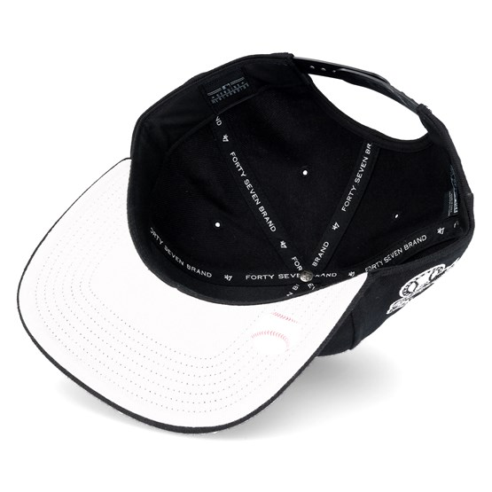 00f2d66843b New York Yankees Sure Shot Captain Black Snapback - 47 Brand caps -  Hatstoreworld.com