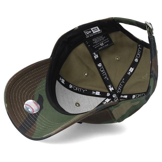 New York Yankees League Essential 9Forty Camo Black Adjustable - New Era  caps - Hatstoreaustralia.com d7e2d866706