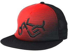 Novelty Logo Red/Black Trucker - Oakley