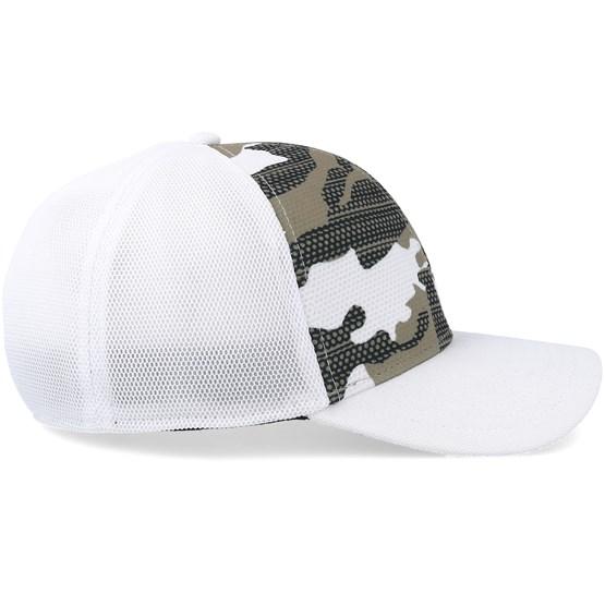 Silicone Bark Trucker Print 2.0 White Flexfit - Oakley caps -  Hatstoreaustralia.com 0ff0d1287b0