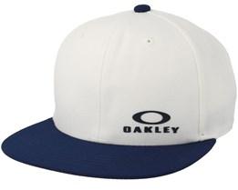 Snap Back Cap White/Navy Snapback - Oakley
