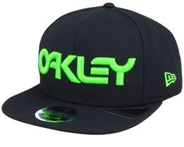 Neon 9Fifty Blackout/Green Snapback - Oakley