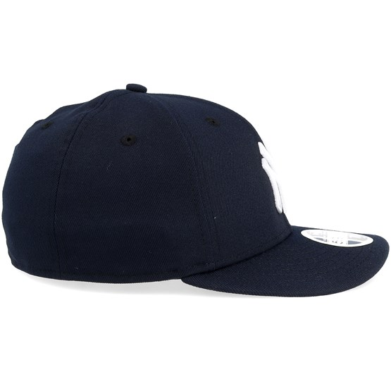 01b1d69029c7c7 New York Yankees Game Authentic Collection Low Profile 59fifty - New Era  caps - Hatstoreworld.com