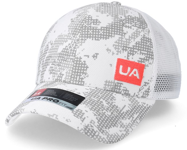 0de52e80fda Men´s Blitzing 3.0 White Trucker - Under Armour caps - Hatstoreworld.com