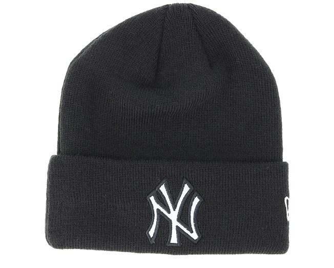 b9c61faa9e7 Kids New York Yankees Junior Reflect Knit Black Cuff - New Era beanies -  Hatstoreworld.com