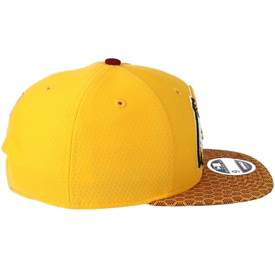 Washington Redskins Sideline 9Fifty Yellow Snapback - New Era caps -  Hatstoreworld.com f44bd276c