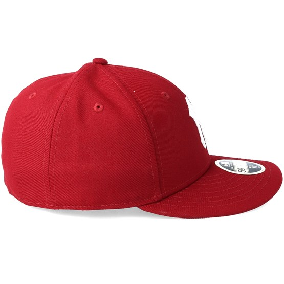 New York Yankees Chain Low Profile 59Fifty Cardinal Fitted - New Era caps -  Hatstoreworld.com fec4b7ac3b9