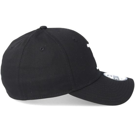 fca7890e Boston Red Sox 39Thirty Black Flexfit - New Era caps - Hatstoreworld.com