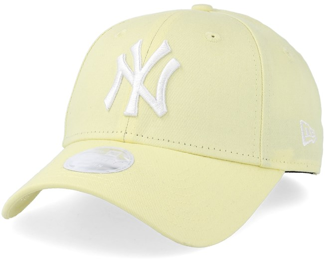 New York Yankees Women League Essential 9Forty Light Yellow White  Adjustable - New Era 544cb9e8a696