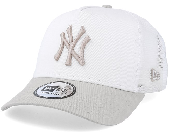 22a057c995696 New York Yankees League Essential White/Stone Trucker - New Era - Start Boné  - Hatstore