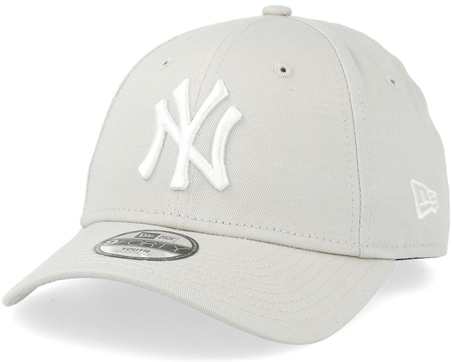 Kids New York Yankees League Essential 9Forty Stone White Adjustable - New  Era caps - Hatstoreworld.com 7726db8dbd7