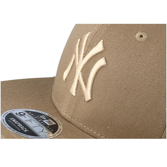 newest 2fab4 98ef6 New York Yankees Canvas 9Fifty Camel Snapback - New Era caps -  Hatstoreaustralia.com