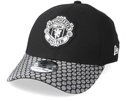 Manchester United Stretch WV Vize 39Thirty Black Flexfit - New Era
