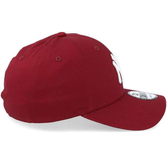 f93cd40b2d831 New York Yankees League Essential 9Forty Cardinal White Adjustable - New  Era caps - Hatstoreaustralia.com
