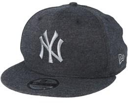 New York Yankees Essential Jersey 9Fifty Dark Grey/Dark Grey Snapback - New Era
