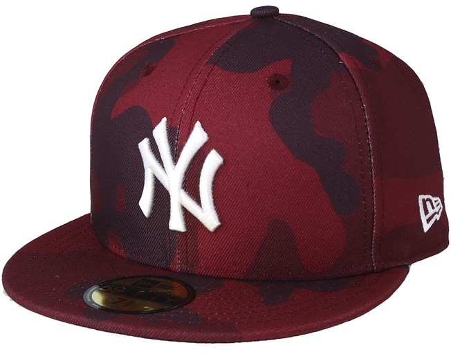 New York Yankees Essential 59Fifty Red Camo Fitted - New Era - Start  Cappellino - Hatstore 239970d75491