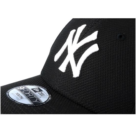 Kids New York Yankees Diamond 9Forty Black White Adjustable - New Era caps  - Hatstoreworld.com e28576c5a3d7