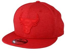 Chicago Bulls Tech 9Fifty Scarlet/Scarlet Snapback - New Era