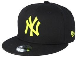 Kids New York Yankees League Essential 9Fifty Black/Neon Snapback - New Era