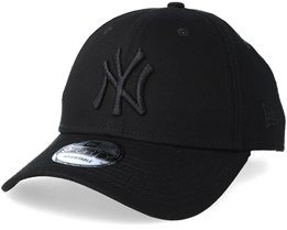 New York Yankees 9Forty Black/Black Adjustable - New Era
