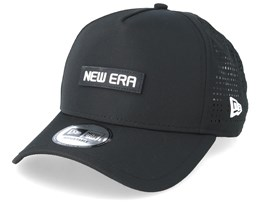 Tech Performance Black Trucker - New Era