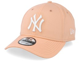 wholesale dealer fe0b7 69513 New York Yankees League Essential 9Forty Peach White Adjustable - New Era