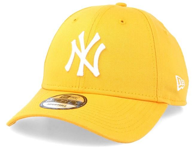 05ac1bd69 New York Yankees League Essential 9Forty Yellow/White Adjustable - New Era  caps - Hatstorecanada.com