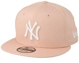 New York Yankees League Essential 9Fifty Peach/White Snapback - New Era