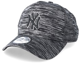New York Yankees Engineered Fit Black/Black Adjustable - New Era