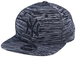 New York Yankees Engineered Fit 9Fifty Heather Black/Black Snapback - New Era
