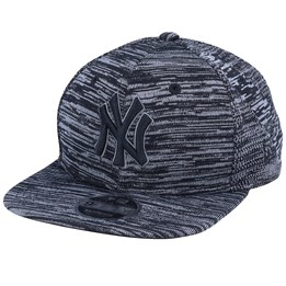 Engineered Fit Pink New Era Hats Womens 9FORTY New York Yankees Baseball Cap