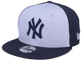 Kids New York Yankees Character Front 9Fifty Grey/Navy Snapback - New Era