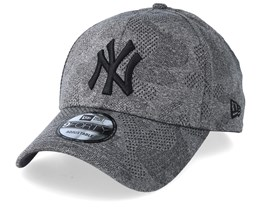 New York Yankees Engineered Plus Dark Grey/Black Adjustable - New Era