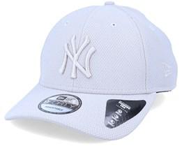 New York Yankees Diamond Era Essential 9Forty Gray/Gray Adjustable - New Era