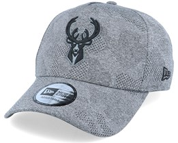 Milwaukee Bucks Engineered Plus Heather Grey/Black Adjustable - New Era