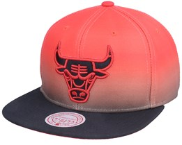Chicago Bulls Color Fade Red/Black Snapback - Mitchell & Ness