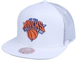 New York Knicks Cool Down White Trucker - Mitchell & Ness