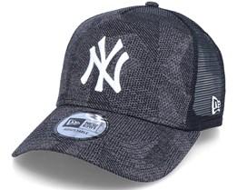 New York Yankees Engin Fit 2 Black Trucker - New Era
