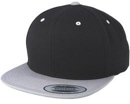 Black/Silver Snapback - Yupoong