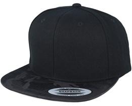 Visor Black Camo Snapback - Yupoong