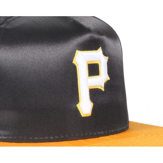 quality design b1129 ec397 Pittsburgh Pirates Satin Black Yellow 9Fifty Snapback - New Era caps -  Hatstoreaustralia.com