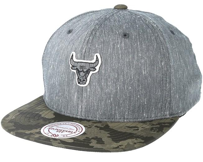 485ec1ceaf9 Chicago Bulls Trench Charcoal Snapback - Mitchell   Ness caps -  Hatstoreaustralia.com