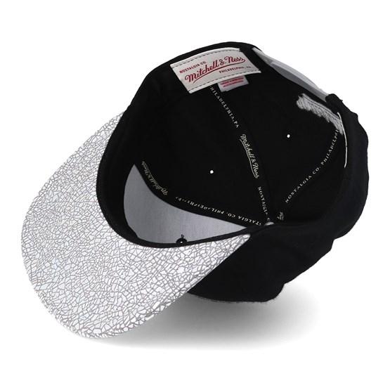 65c9a1263b0da Golden State Warriors Cracked Iridescent Black Snapback - Mitchell & Ness  caps - Hatstoreworld.com