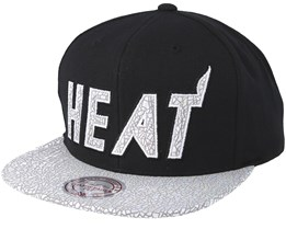 Miami Heat Cracked Iridescent Black Snapback - Mitchell & Ness