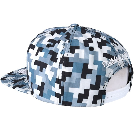 on sale 8e332 97549 Golden State Warriors Sublimated Micro Peach Camo Snapback - Mitchell   Ness  caps   Hatstore.ie